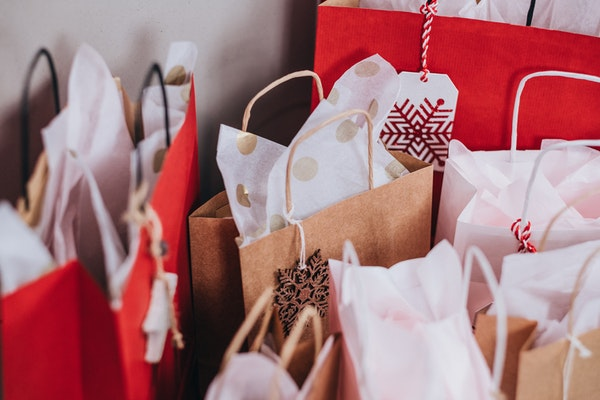 9,3 milhões de brasileiros devem ir às compras de Natal na última hora, estimam CNDL/SPC Brasil